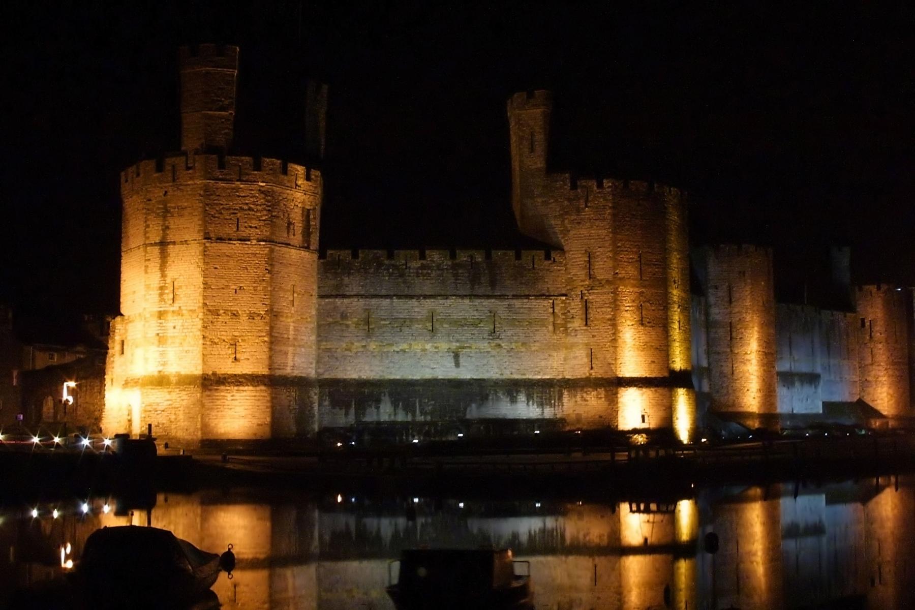 Night_Caernarfon_Castle1